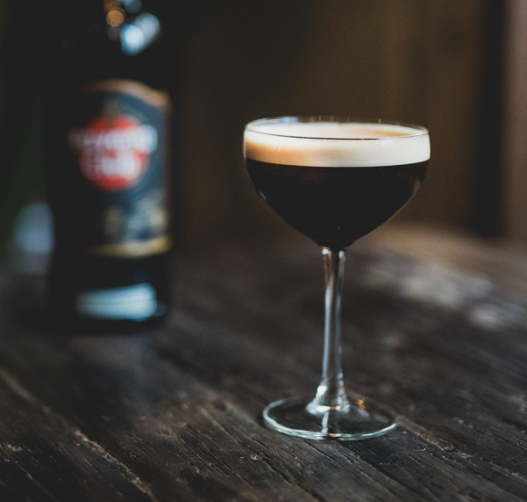 cocktail salted espresso martini opskrift