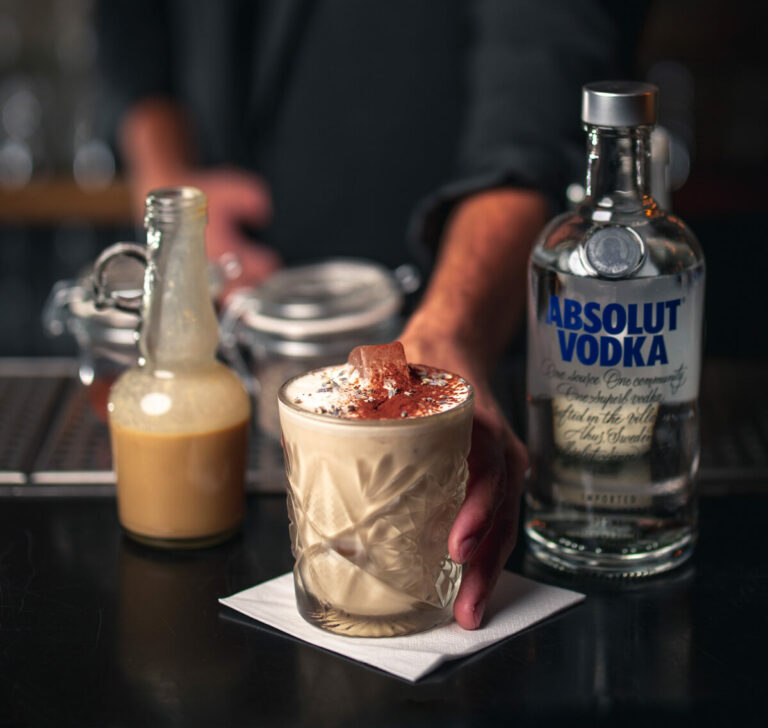 white russian opskrift cocktail drinks